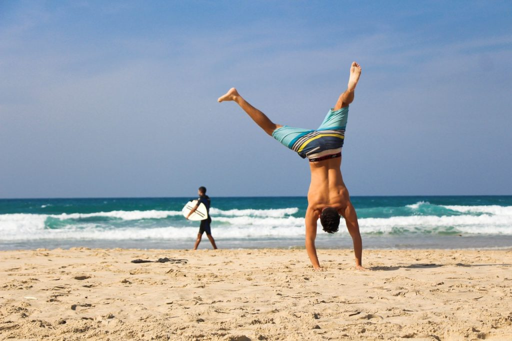 4 Simple Travel Workouts You Can Engage in While on a Vacation